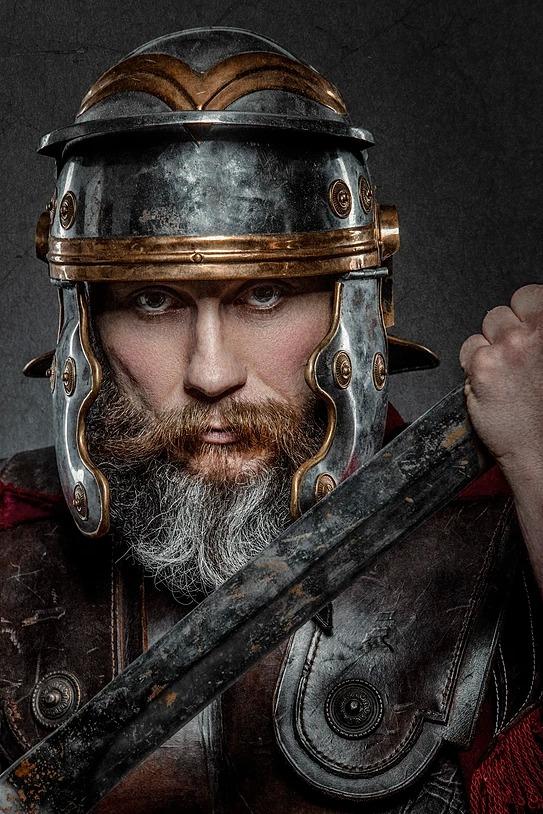 Sesja zdjęciowa z wojownikiem rzymskim
