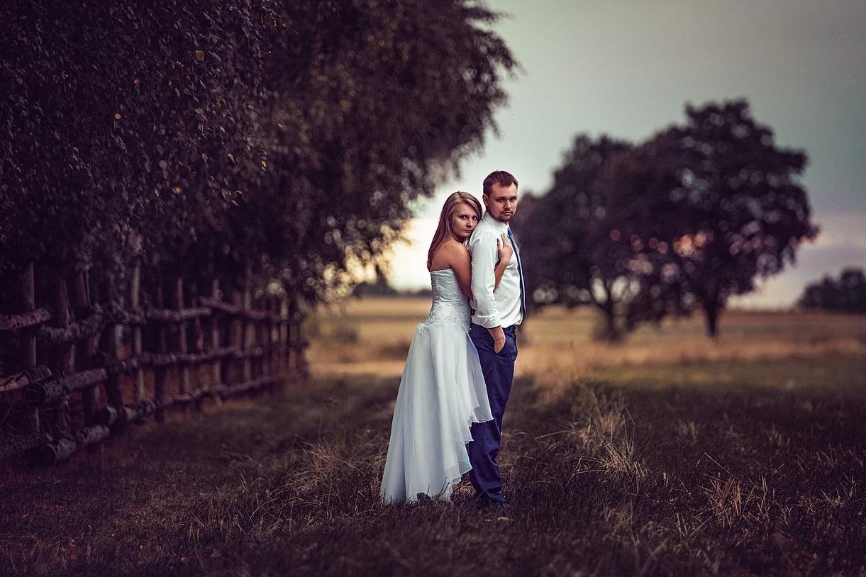 Sesja ślubna w plenerze w Obornikach Ślaskich