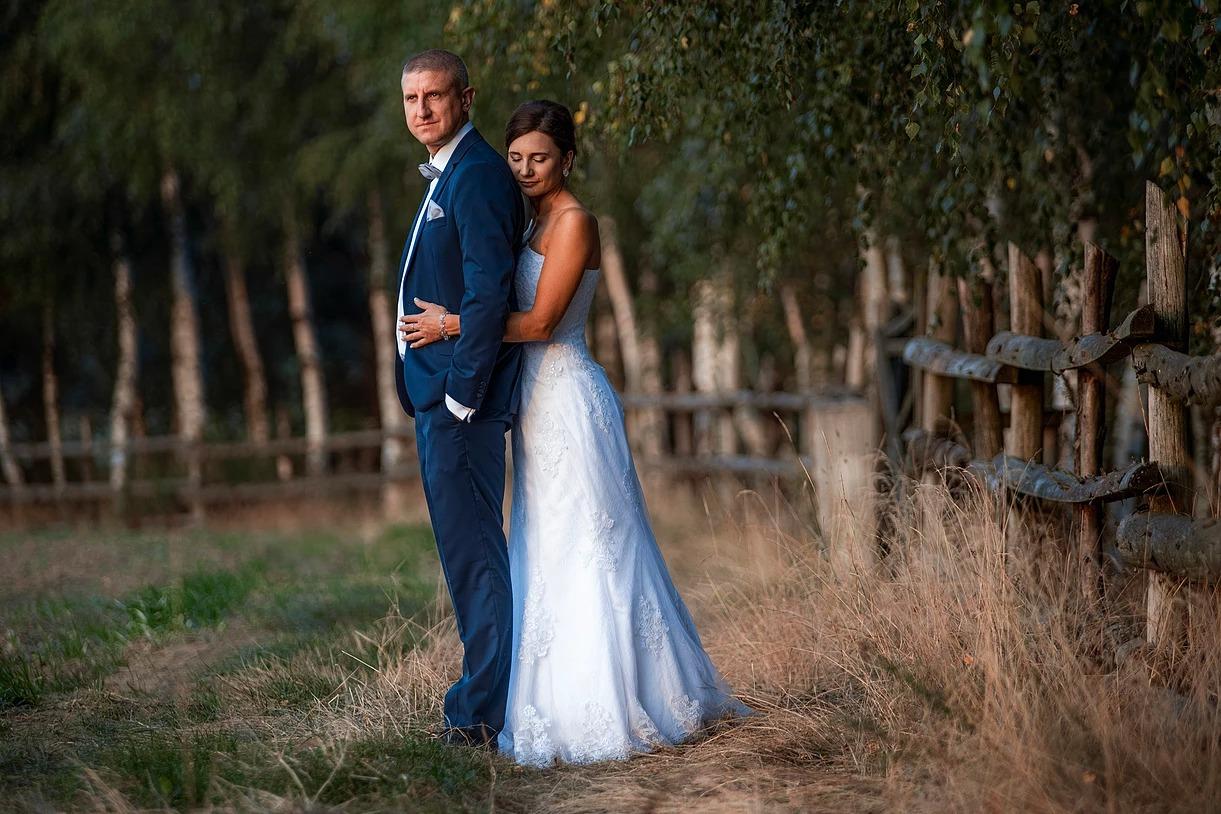 Sesja ślubna w plenerze w Prusicach